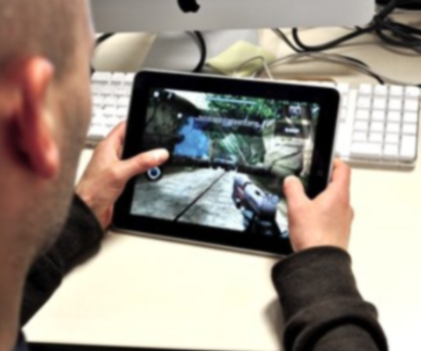 Fling Joystick offers new design for iPad gamers
