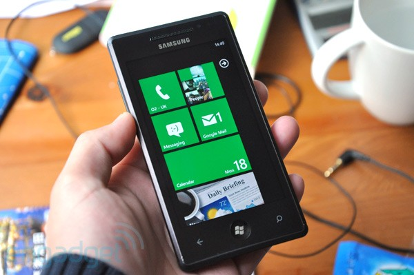 omnia7hero10192010 The first CDMA Windows Phone 7 handsets to launch are the Samsung Omnia 7 and HTC Mozart