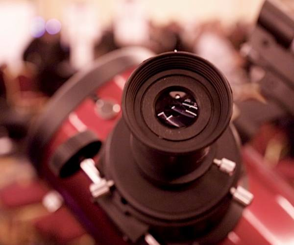 telescopeCES CES 2011: A telescope that lets you see thousands of years into the past