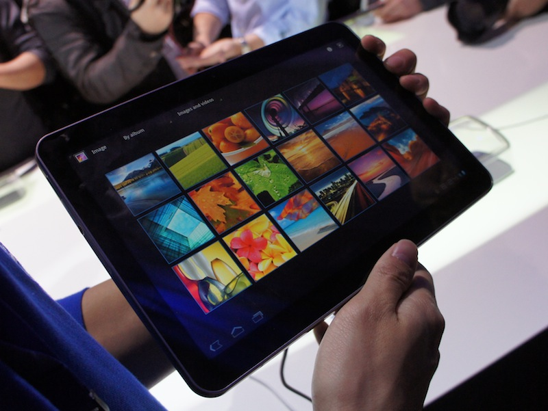 Samsung to announce new 8.9-inch Galaxy Tab as soon as next month