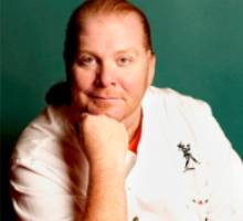 FLPWNCHFEWAOZIK31 Mario Batali joins Foursquare, leaves yummy tips