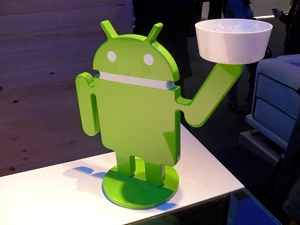 android waiter2 The Best of Mobile World Congress 2011