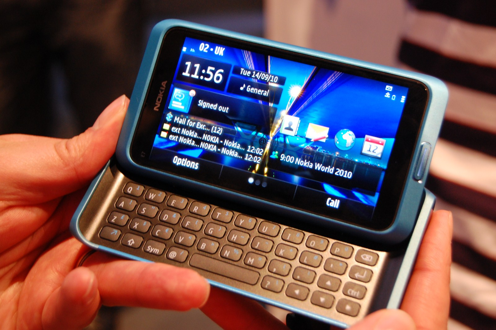 Nokia E7 Starts Shipping In Selected Markets