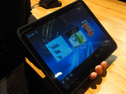 Motorola XOOM to launch without Flash support