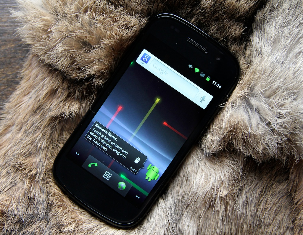 Google rolls out Gingerbread update to Nexus S and Nexus One devices