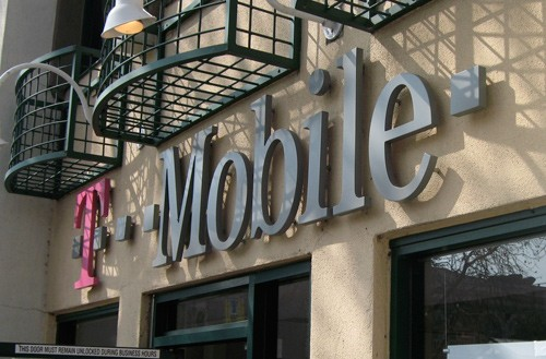 T-mobile to offer all mobile phones for free this weekend