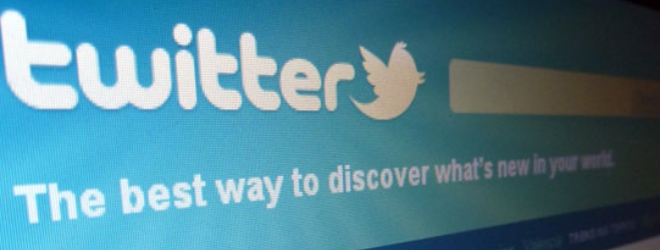 Should government use Twitter? Rogers-owned Maclean's says no.