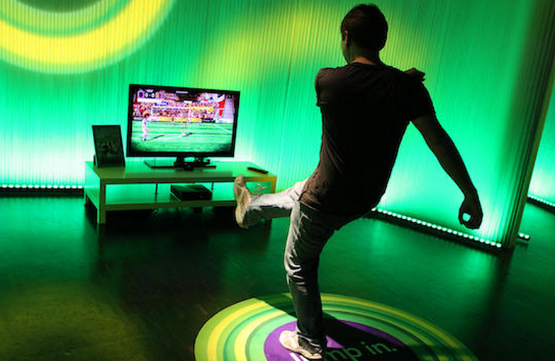 Kinect sales top 10 million units