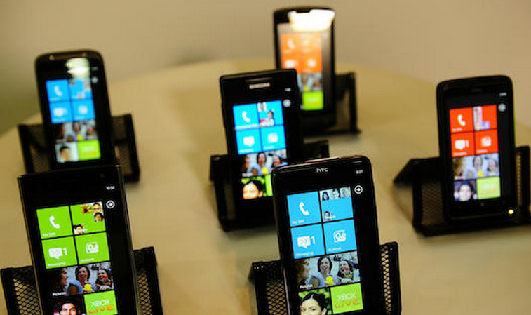 The first update to Windows Phone 7 is now live
