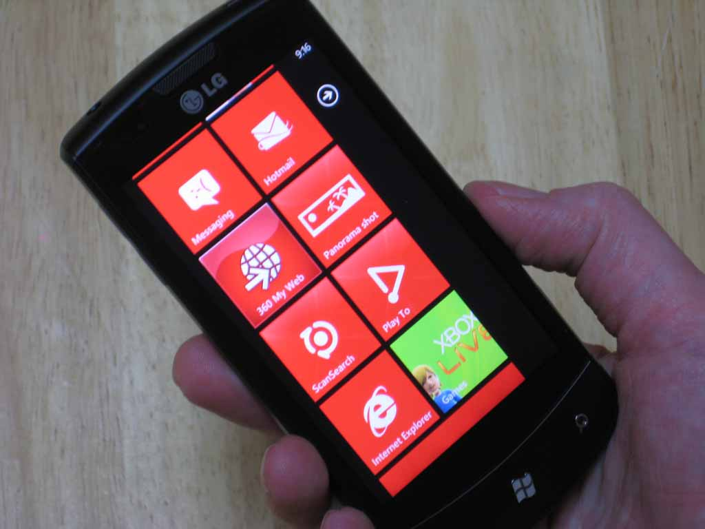 Microsoft Details Windows Phone 7 App Stats, Says 65% Are Paid Downloads