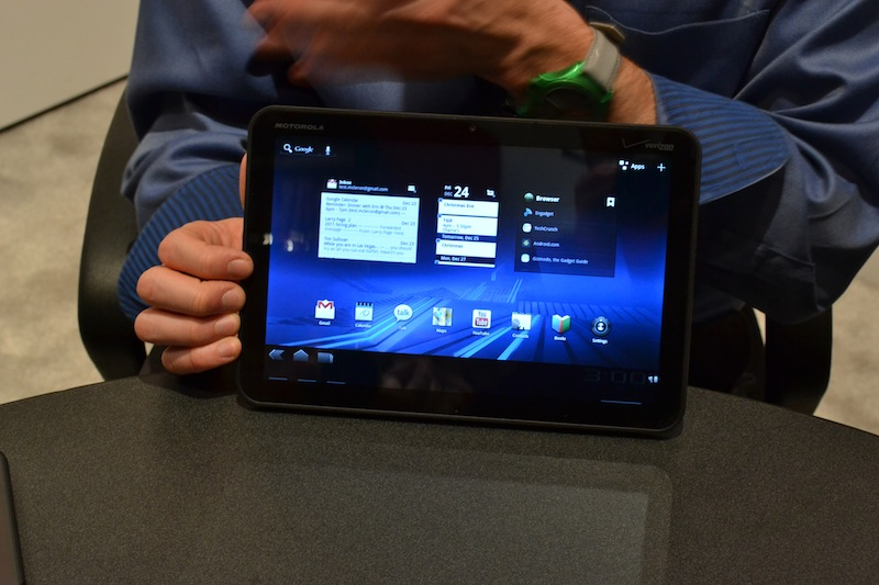 Motorola Xoom to get over the air update today, receive Flash support