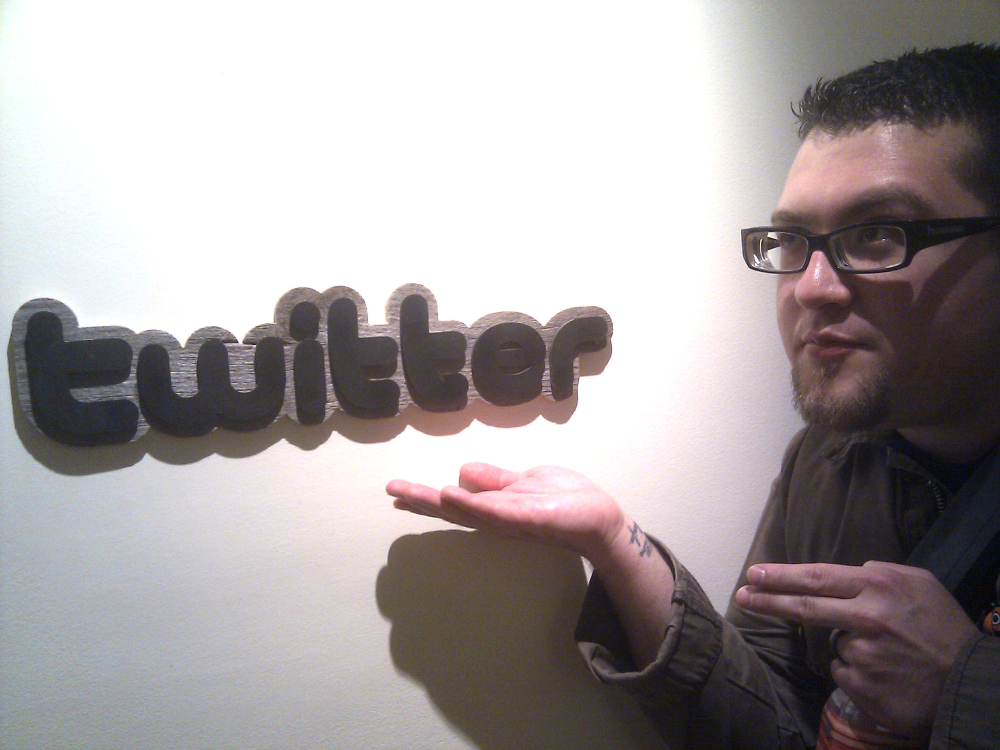 Twitter reportedly considering offering brands Facebook-style pages