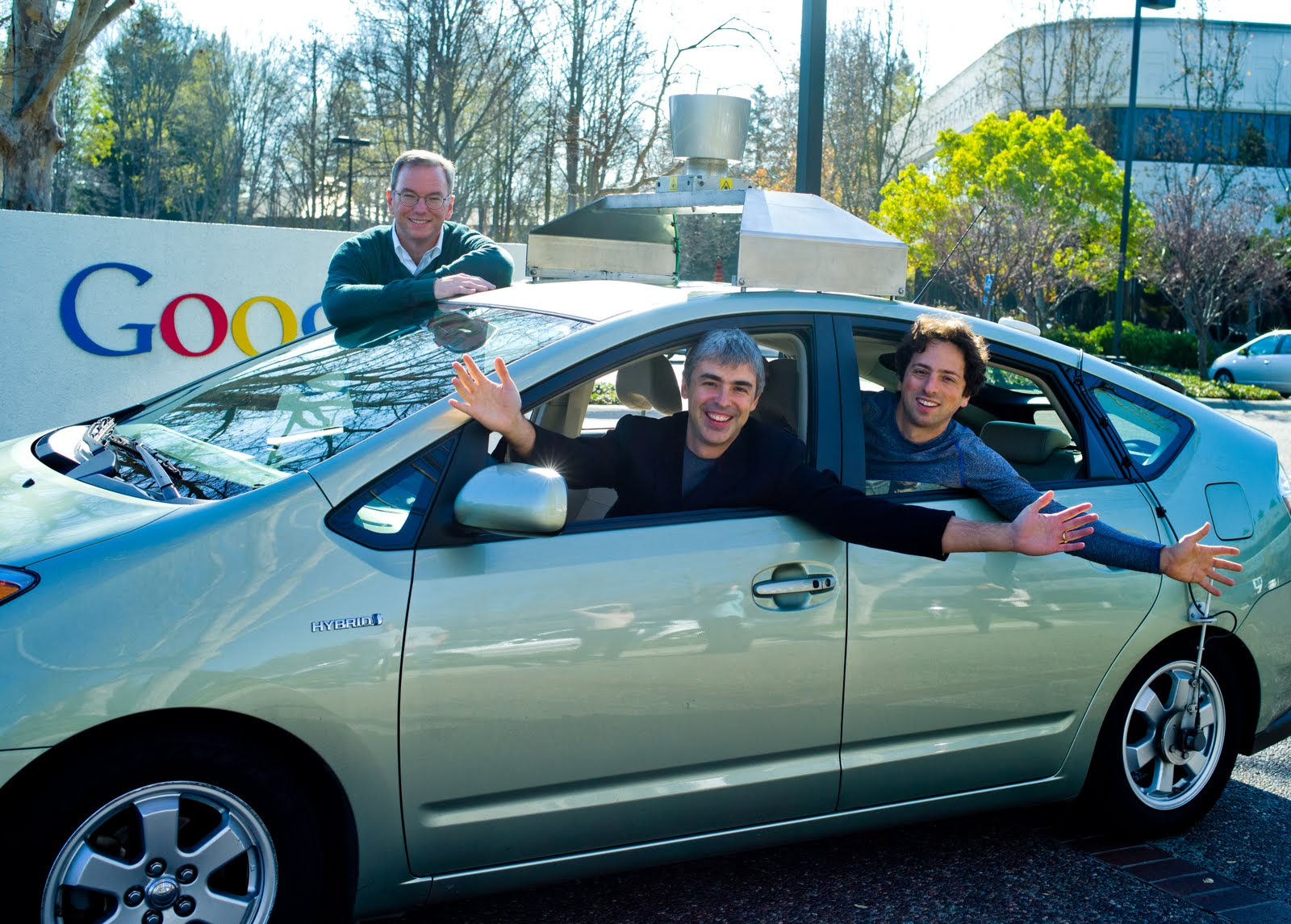 Larry Page Replaces Eric Schmidt As Google CEO Today