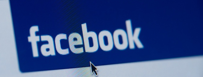 Facebook Comments update adds Hotmail login