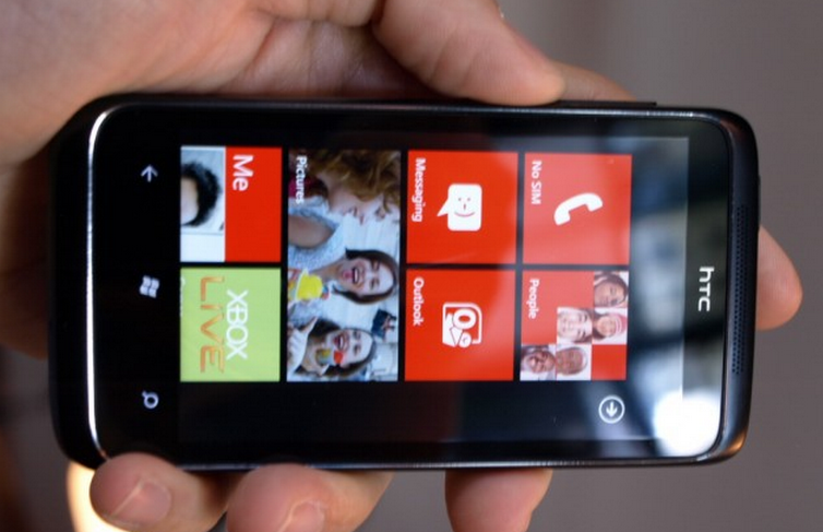 Rumors of new HTC WP7 handsets follow pledge of continued platform support