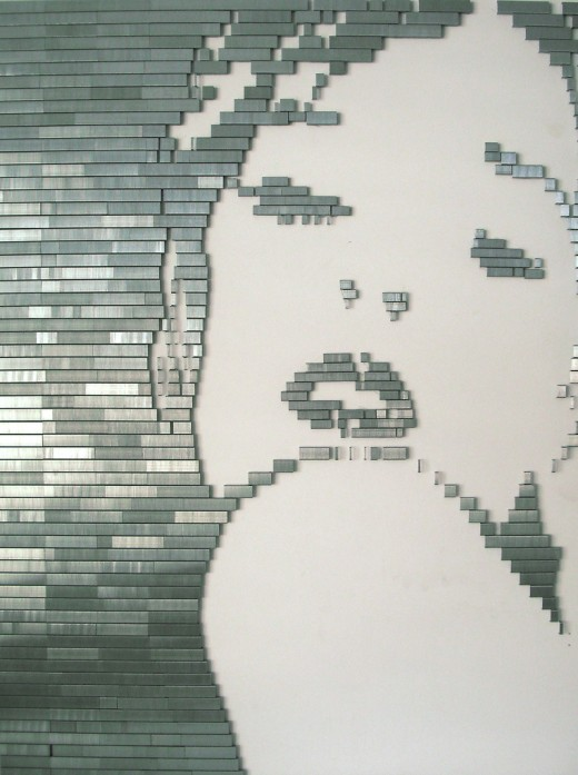4138673444 85869ca25c b 520x697 100,000 staples arranged over 40 hours and other awesome staple art.
