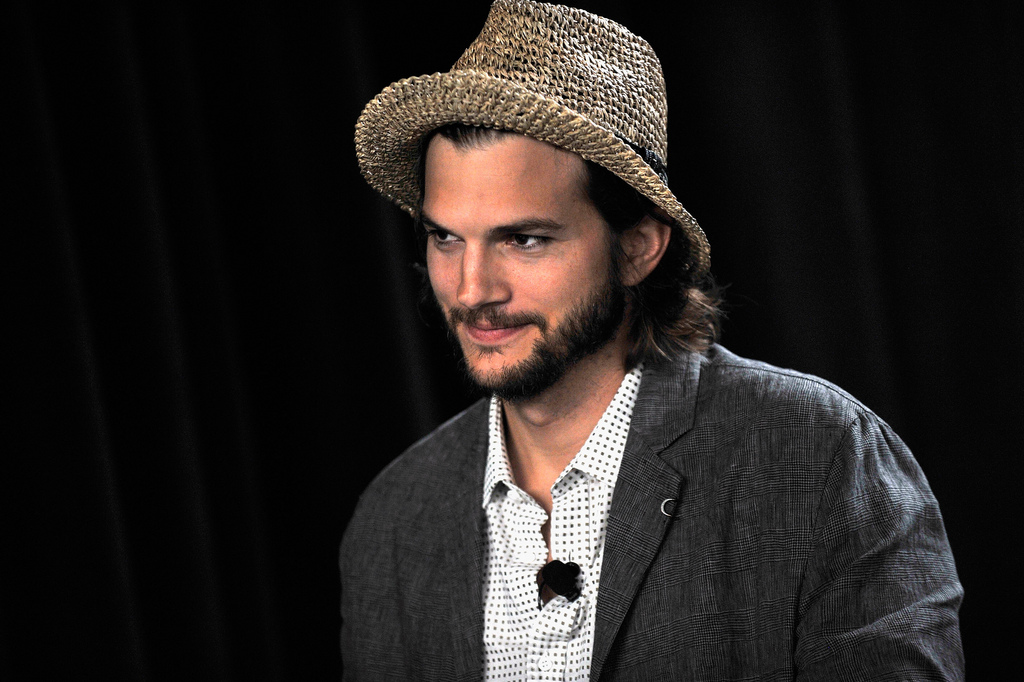 Charlie Rose interviews Ashton Kutcher on investing in social media