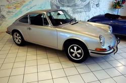 800px 1969 silver Porsche 911E coupé Auto Salon Singen Germany Can RIM be the new Porsche?