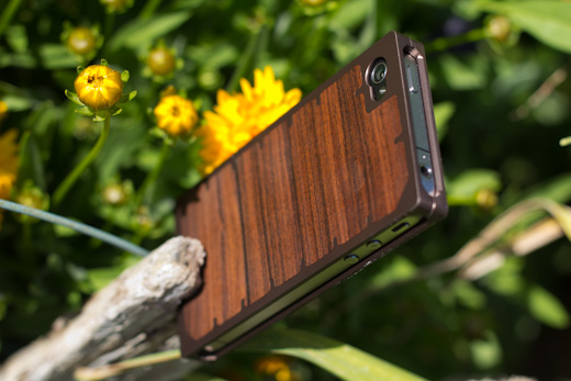 exo10 3 The Exovault EXO10 iPhone case is work of art in wood and metal
