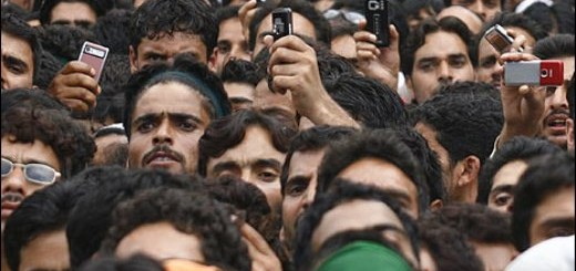 kashmiri_crowd