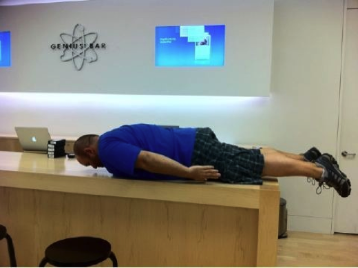 Ridiculous planking fad strikes Apple Stores