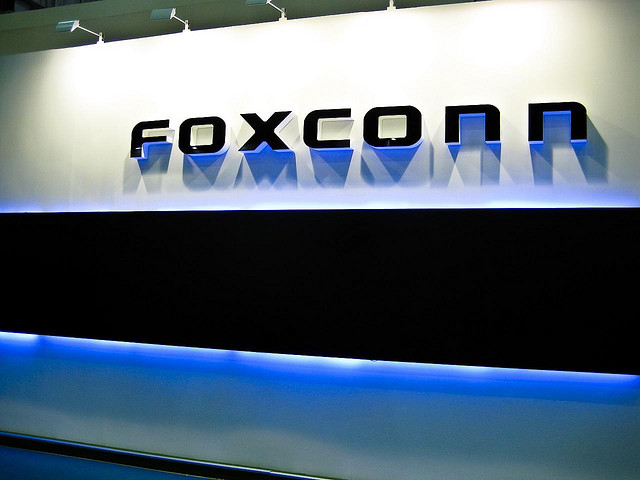 Foxconn chief: iPads would be more profitable if they weren't so hard to make