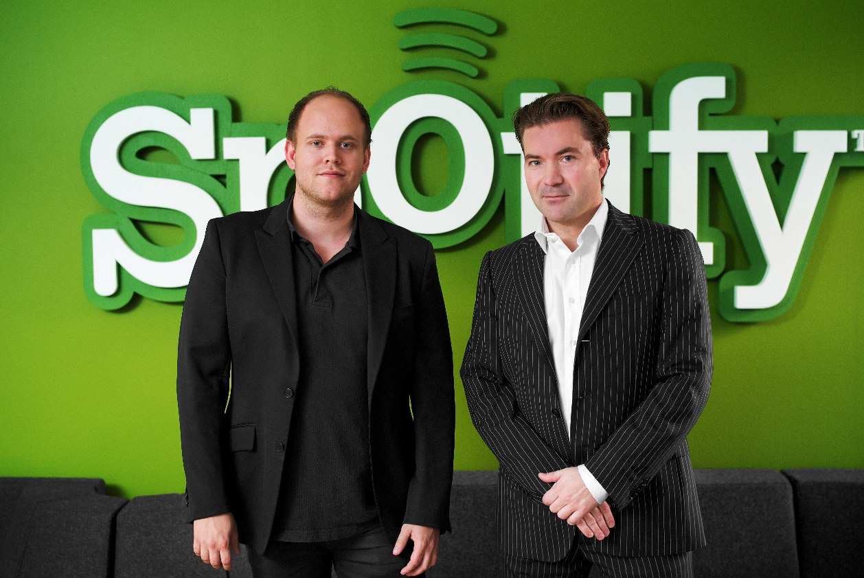 Spotify closes $100 million from high profile investors at $1 billion valuation