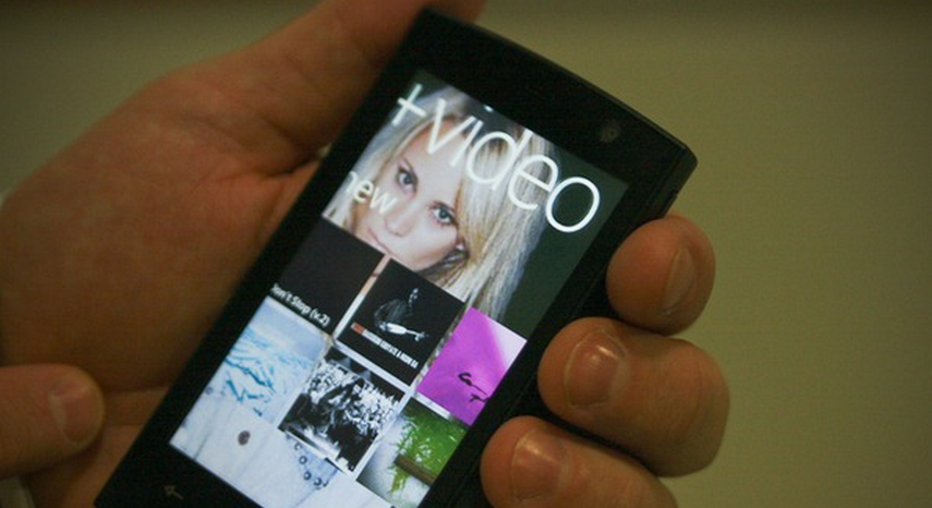 WP7 app development stalls in the face of Mango