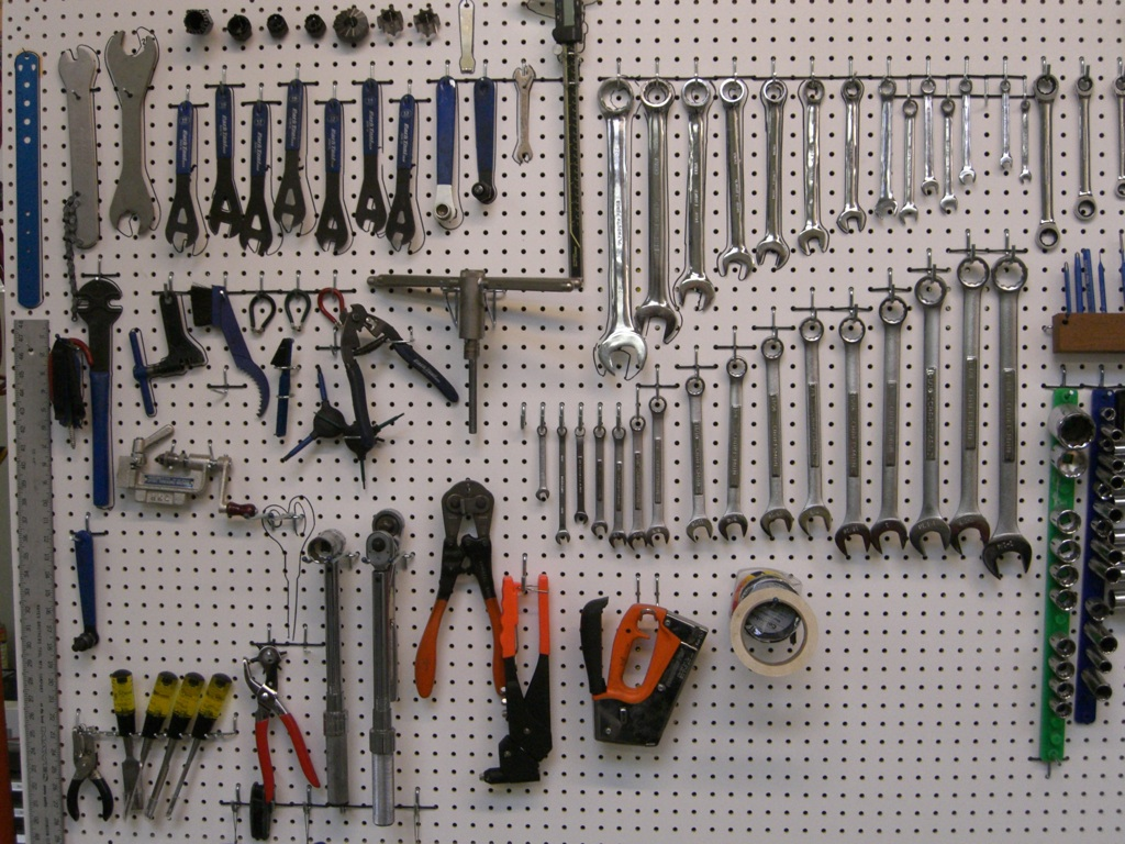 BestVendor ranks the 10 most popular startup tools
