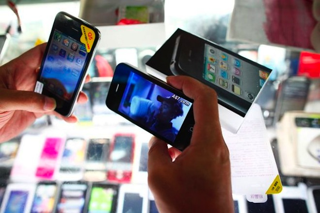 "Police arrest ""high-end"" iPhone counterfeiters in Shanghai, China"