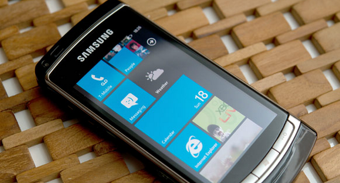 Man tries to sell WP7 handset running super secret OS build