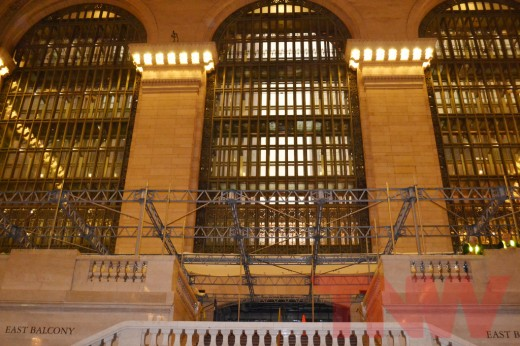 6094144927 cd6c602776 b 520x346 Construction on Grand Central Terminal Apple Store in NYC begins