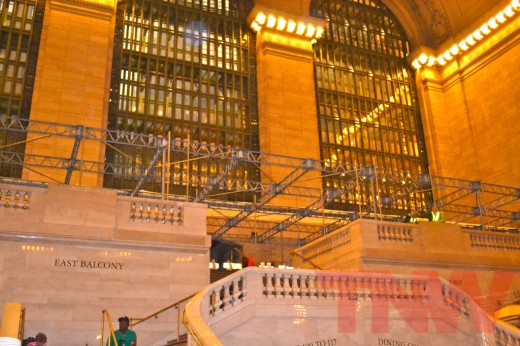 6094685354 acd8e20f73 b 520x346 Construction on Grand Central Terminal Apple Store in NYC begins
