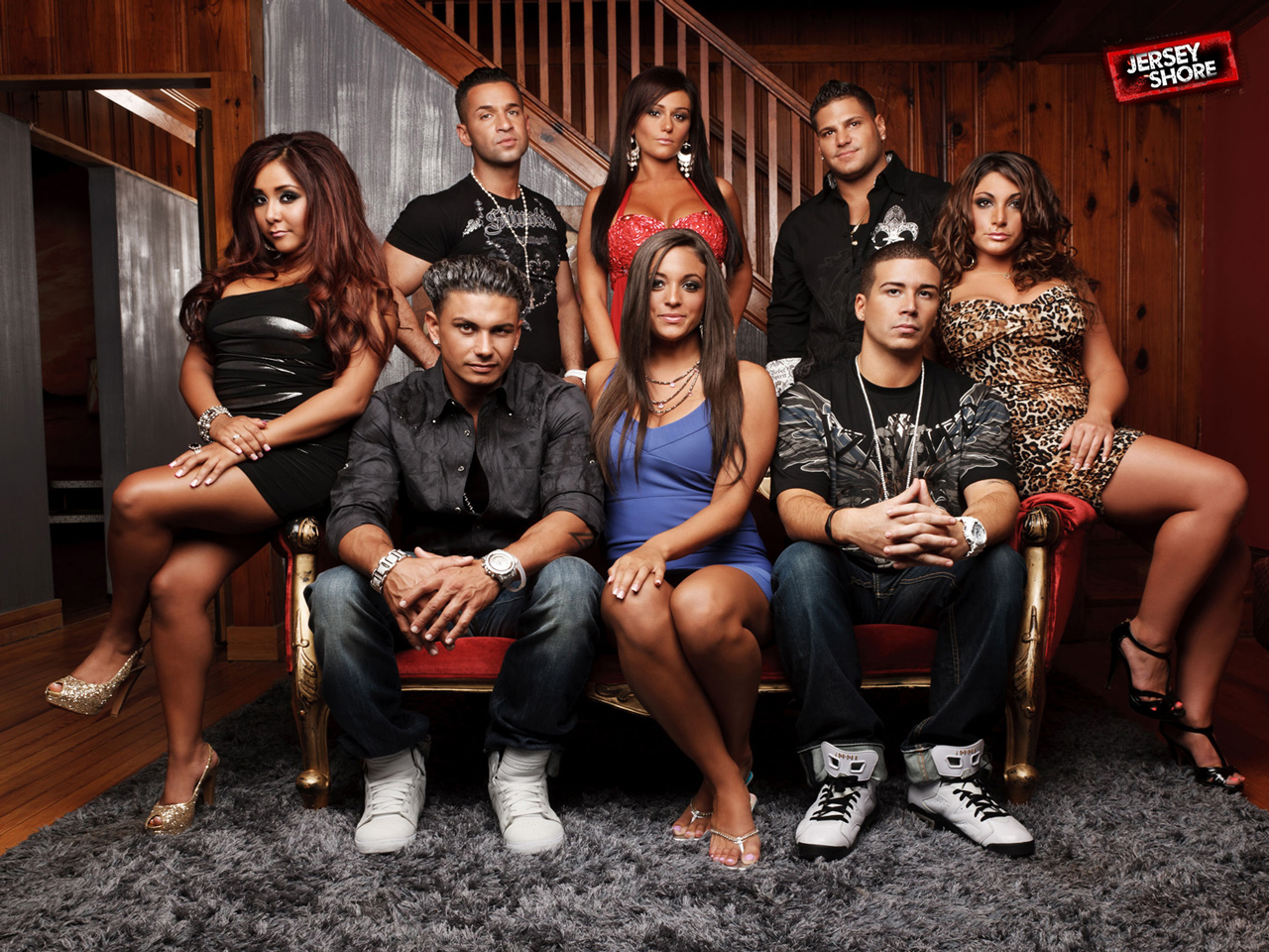 Love it or hate it, MTV's Jersey Shore knows social media