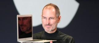 Steve_Jobs_with_MacBook_Air
