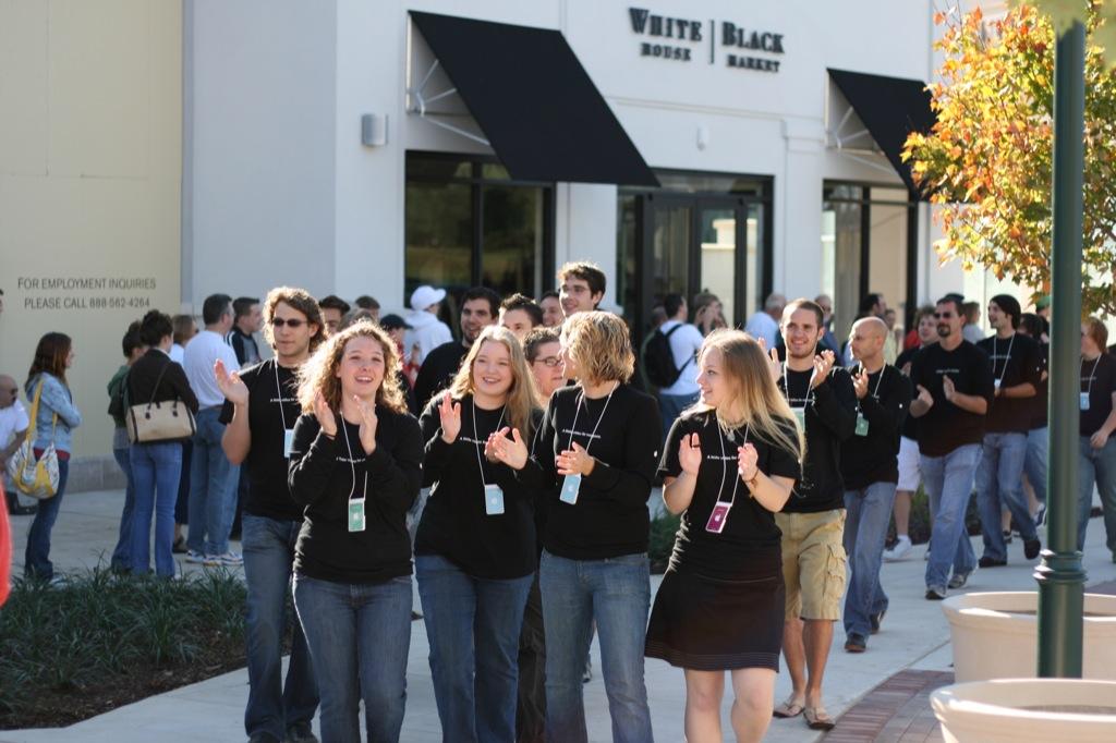 97% of Apple employees think Steve Jobs did a pretty good job