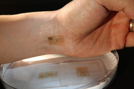 circuit temporary tattoo 600x400 520x346 Major scientific breakthrough: Electronic skin tattoos that are so, so cool
