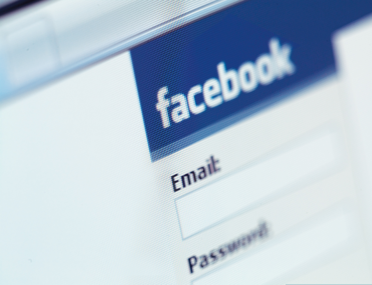 Facebook remains the most popular social login as mobile usage surges