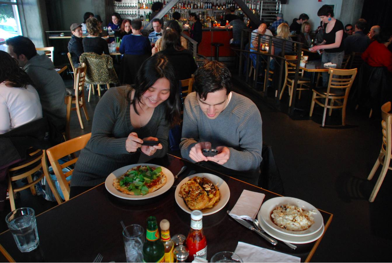 Foodspotting's app hits 1 million downloads and gets new social features