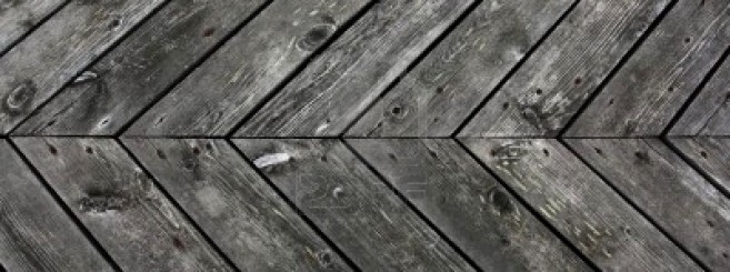 5059967-weathered-planking-in-a-diagonal-arrangement