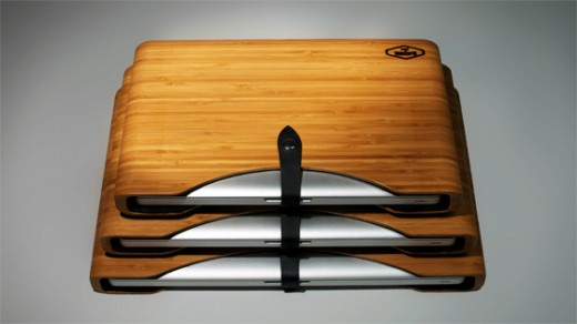 DSC0227 Dark Bamboo Family 16x9 560 520x292 This new bamboo case for Apple products will keep you Green and in style