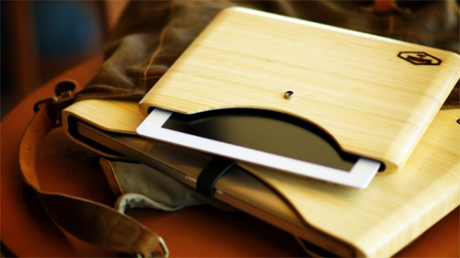 DSC0315 Bamboo Lifestyle 16x9 560 520x292 This new bamboo case for Apple products will keep you Green and in style
