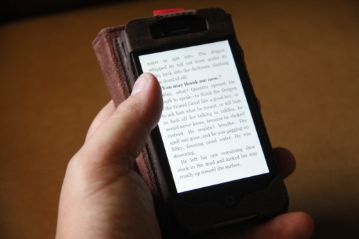 IMG 4963 520x346 Love books and hate carrying a wallet? The BookBook iPhone case is for you