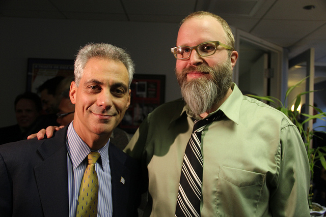 Chicago Mayor Rahm Emanuel meets Twitter impostor @MayorEmanuel at book signing