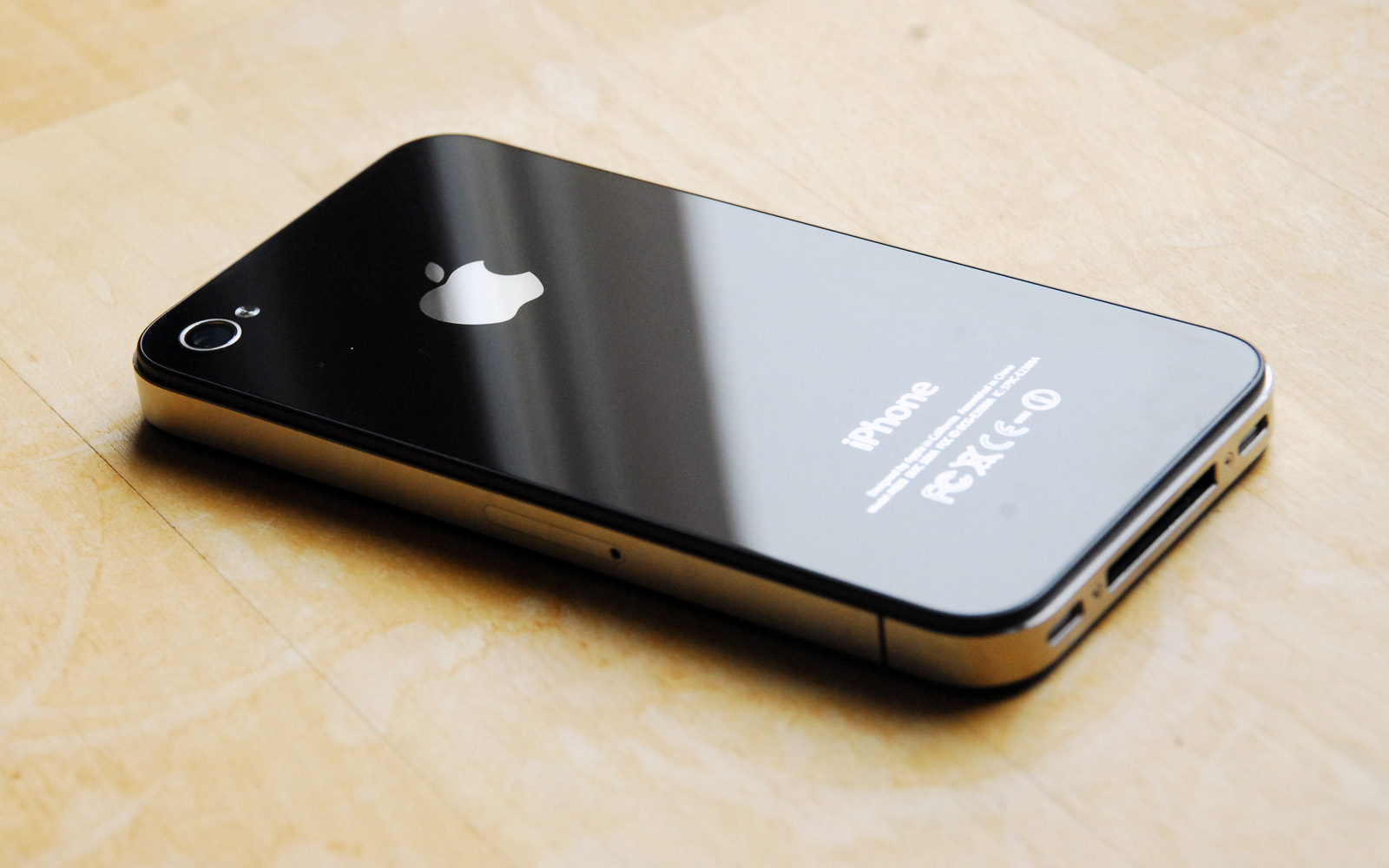 iPhone 4S to be SIM unlocked on Sprint; Verizon after 60 days