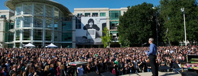 19October-19-Employee-Celebration-of-Steve-Jobs-Life-1