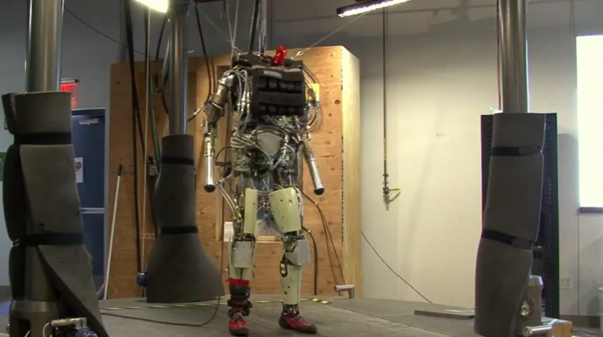 Meet PETMAN, an anthropomorphic robot that walks, squats and sweats