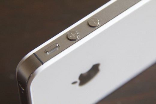 iPhone4S181 520x346 TNW Review: Apples iPhone 4S is the end and beginning of an era