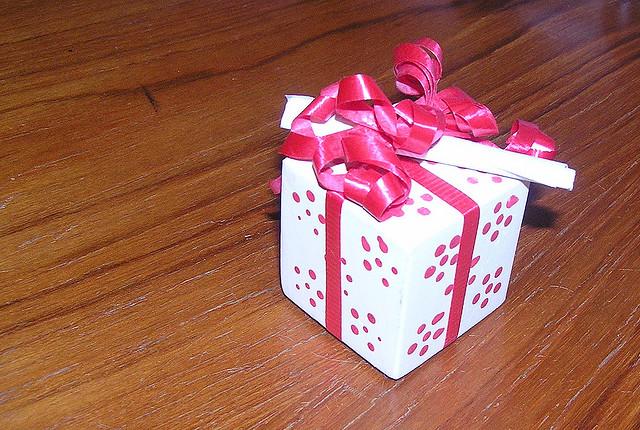 Что подарить на день рождения сделанный своими руками