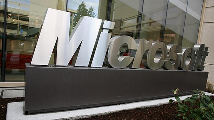 This week at Microsoft: Siri, Nokia, and Bacon